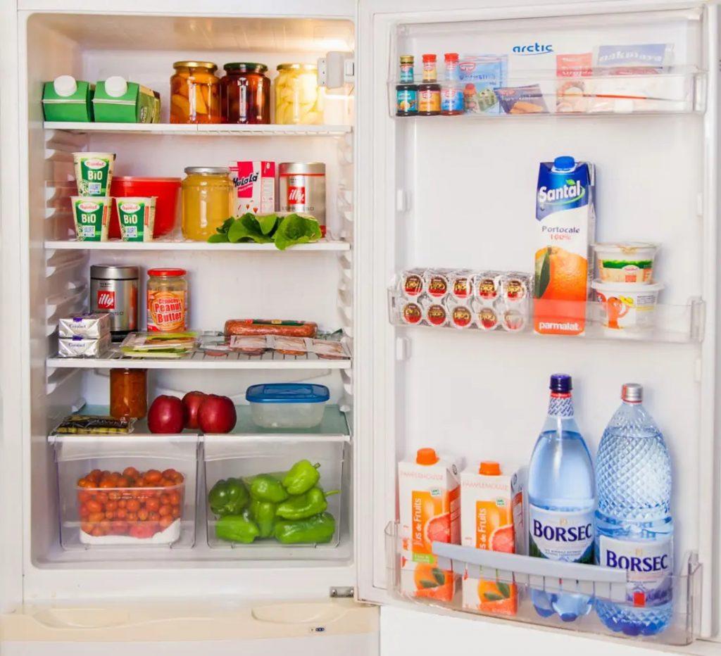 Enlever mauvaises odeurs réfrigérateur